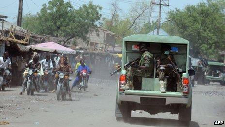Army patrolling the town of Maiduguri in Borno state (30 April 2013)