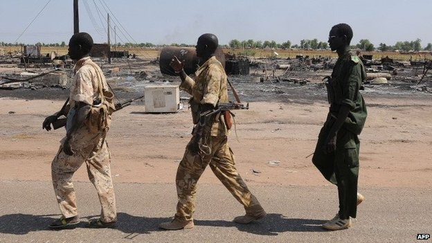 Government soldiers in Bentiu (Jan 2014)