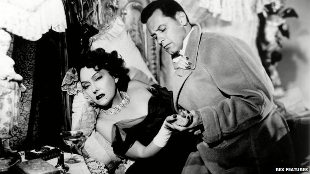 Gloria Swanson and William Holden in Sunset Boulevard