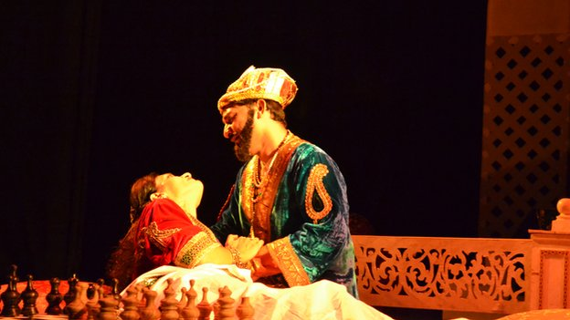 A scene from Urdu play Shah Jahan-o-Mumtaz