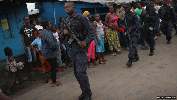 Ebola crisis: Liberian quarantine centre on attack by Protesters - https://ozaragossip.wordpress.com