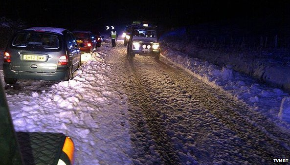 Stranded vehicles on the A68 at Carter Bar
