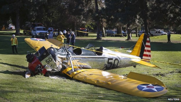 Plane crashed on golf course