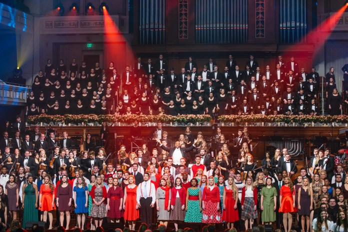 Christmas at Belmont group shot 2015