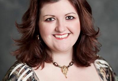 Danielle Garrett Headshot