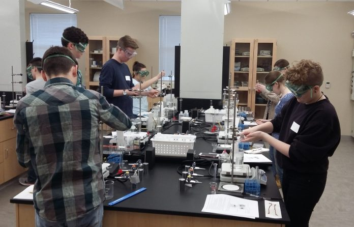 Students in the lab
