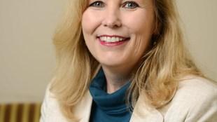 Dr. Janet Hicks headshot