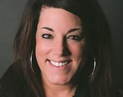 Janine Ebach headshot