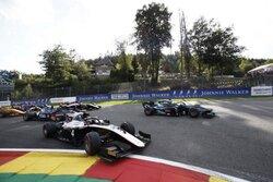 FIA-F2第9戦ベルギー レース1:凍り付いたスパ、大クラッシュにより2周目でレース終了