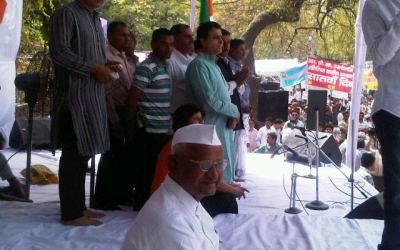 Anna Hazare Fasting at Jantar Mantar