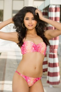 Shilpa Singh looking hot in Bikini at Miss Universe 2012
