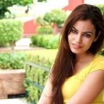 Srishti Rana looking beautiful in Yellow Top