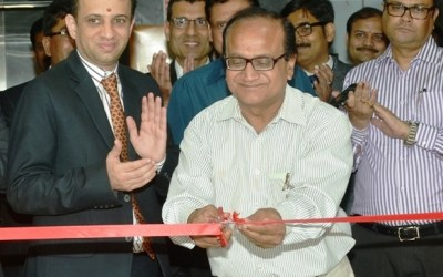 Rameshwar Singh, Principal Secretary, Finance Department, Government of Bihar and Nimesh Shah, CEO, ICICI Prudential AMC, inaugurating the ICICI Academy for Skills in Patna