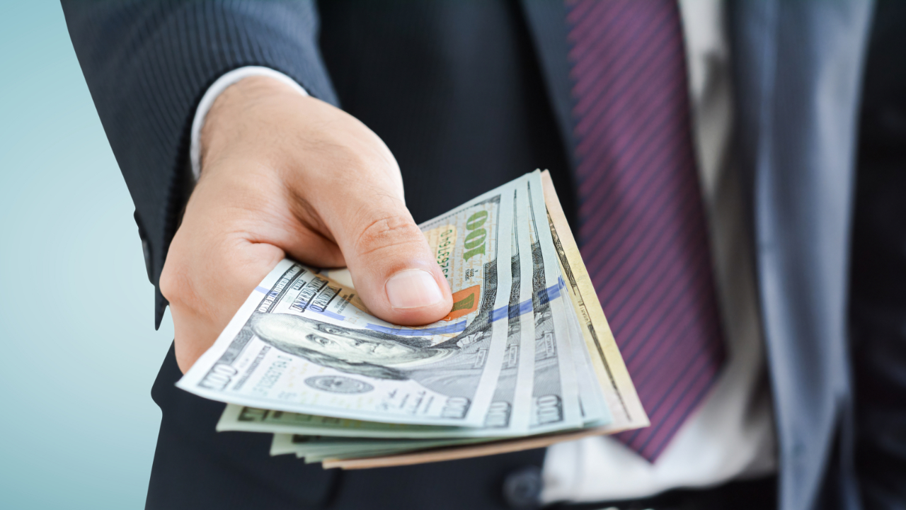 8,000 Bitcoin Scam Victims Get Refunds From US Regulator