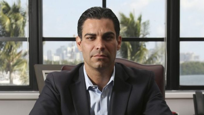 Miami's Mayor Considers Putting Some of City's Treasury Reserves in Bitcoin