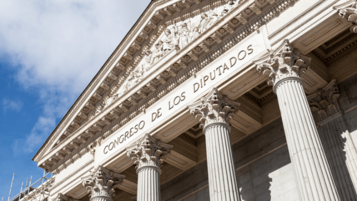 Bitcoin for Spain's Congress: 350 Spanish Parliament Members Receive BTC