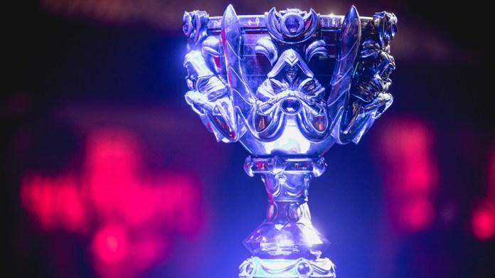 trofeu Acompanhe ao vivo a transmissão da final mundial de League of Legends!