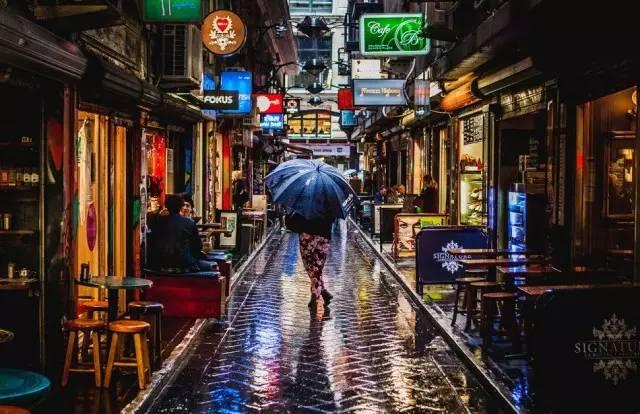 Isang nakatagong retro shop sa Melbourne, magbukas ng isang di-makatwirang pintuan pabalik sa mga dating araw