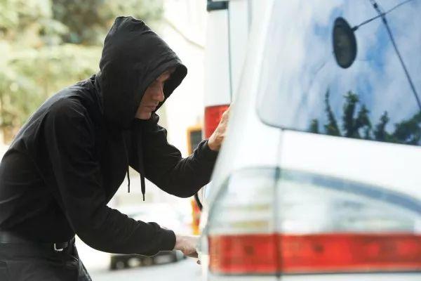 小心看好你的車:維州的盜車賊最猖狂,平均每天都有40輛車被盜-澳洲唐人街