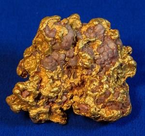 Gold and quartz specimen