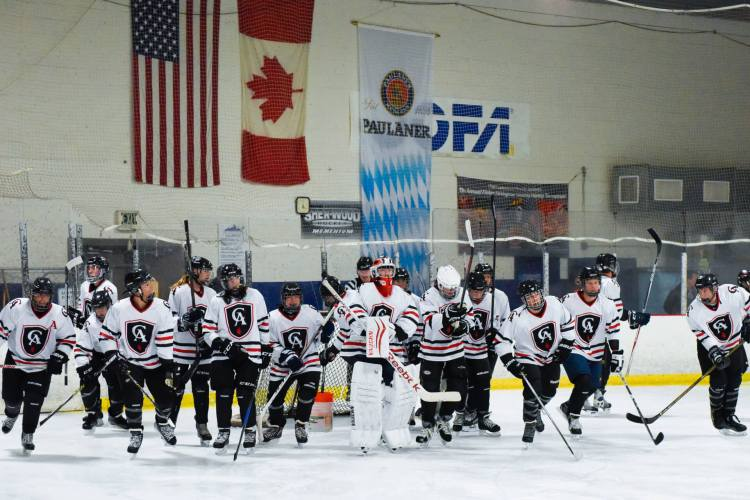 Colorado Academy's played its first ice hockey game in 15 years against Aspen High School in December 2017.