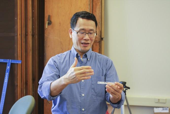 Professor Edwin Kan