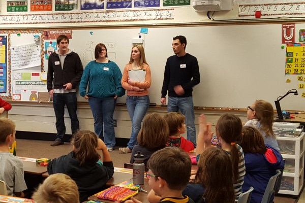Students teach about bat conservation - Cornell College