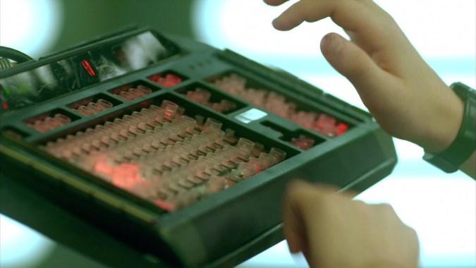 Clavier du supercalculateur de Code Lyoko Evolution