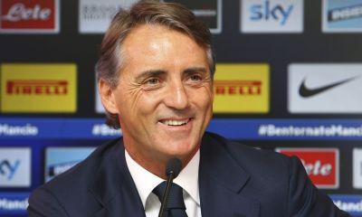 fc-internazionale-unveils-new-coach-roberto-mancini