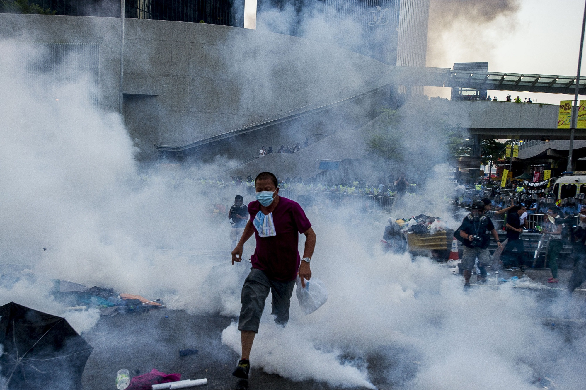 香港佔中五週年:從雨傘運動的「和理非」到「反送中」的「勇武」 - BBC News 中文