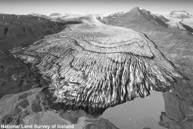 Iceland's Skálafellsjökull glacier in 1989
