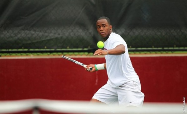Men's Tennis Falls at Saint Joseph's