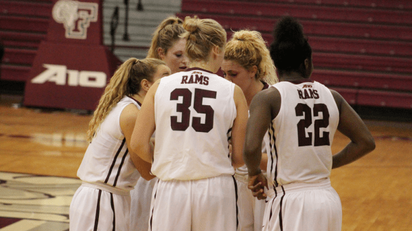 Women's Basketball Downs Muhlenberg in Exhibition Play ...