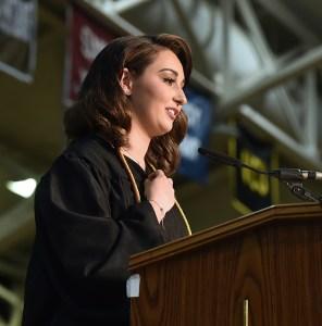 Valedictorian Mimi Sillings