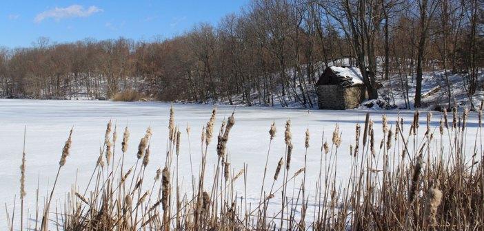 Calder lake in the snow