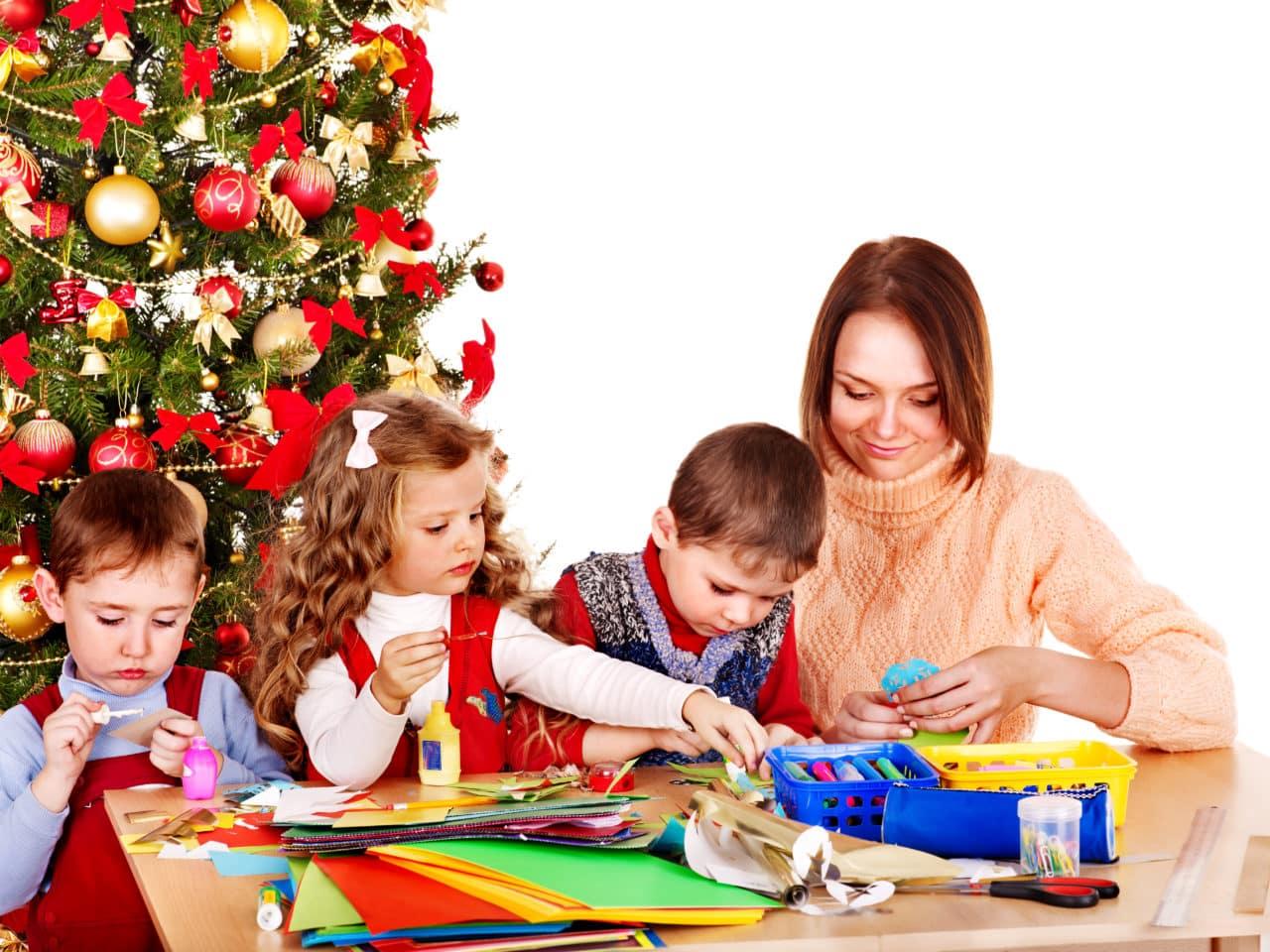 09/03/2018· quando il carnevale si avvicina è il momento per le maestre di cominciare a pensare ai possibili lavoretti da far fare ai piccoli dell'asilo nido per avere un ricordo della festività. 5 Lavoretti Per Il Natale Da Fare Con I Bambini Dell Asilo Nido Easynews