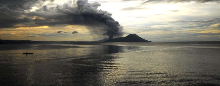 Tarvurvur volcano in Papua New Guinea, one of two countries to support a proposed decade-long moratorium on Pacific Ocean seabed mining. Taro Taylor, Flickr
