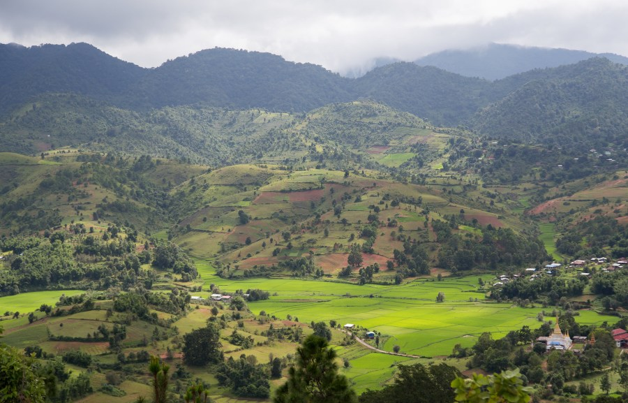 The monsoon forested hills in central Myanmar. Nicolas, Flickr