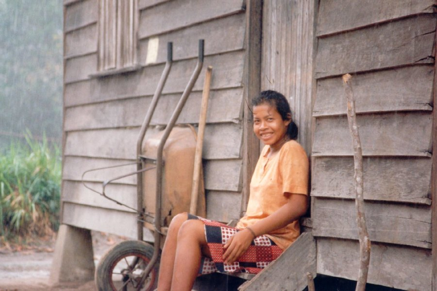 Girl in the tiny Amerindian village of Pikien Poika nearby the Maroon village of Santigron in Suriname's rain forests during the rainy season. Ahron de Leeuw, Flickr.