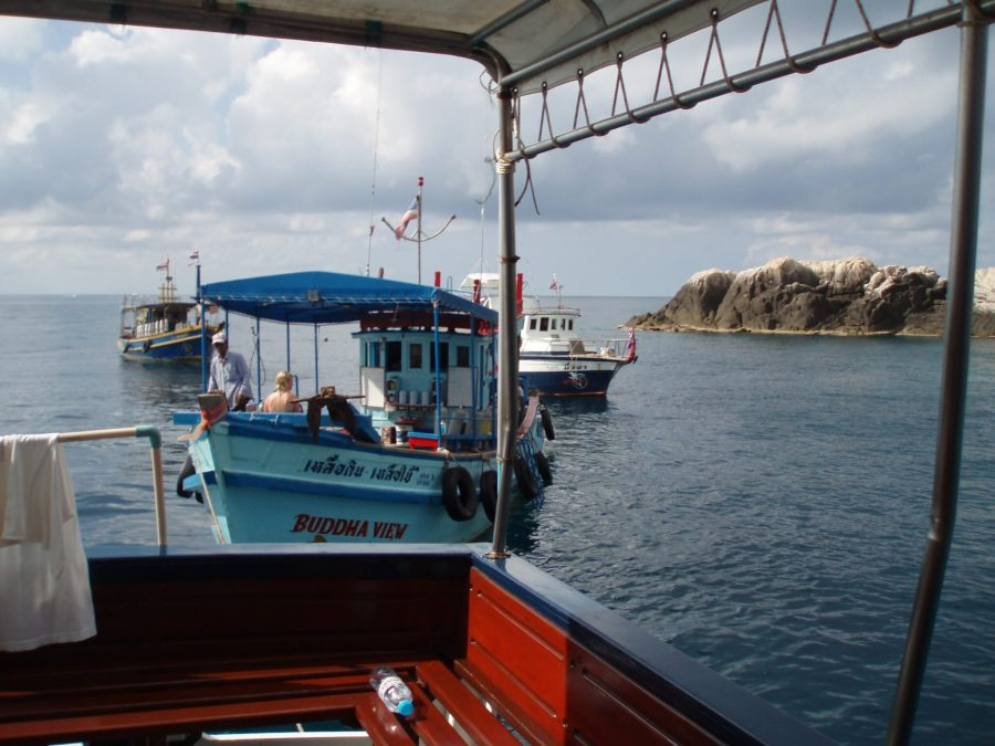 Tourists going diving near Koh Tao in pre-pandemic times. shiva1o8, Flickr