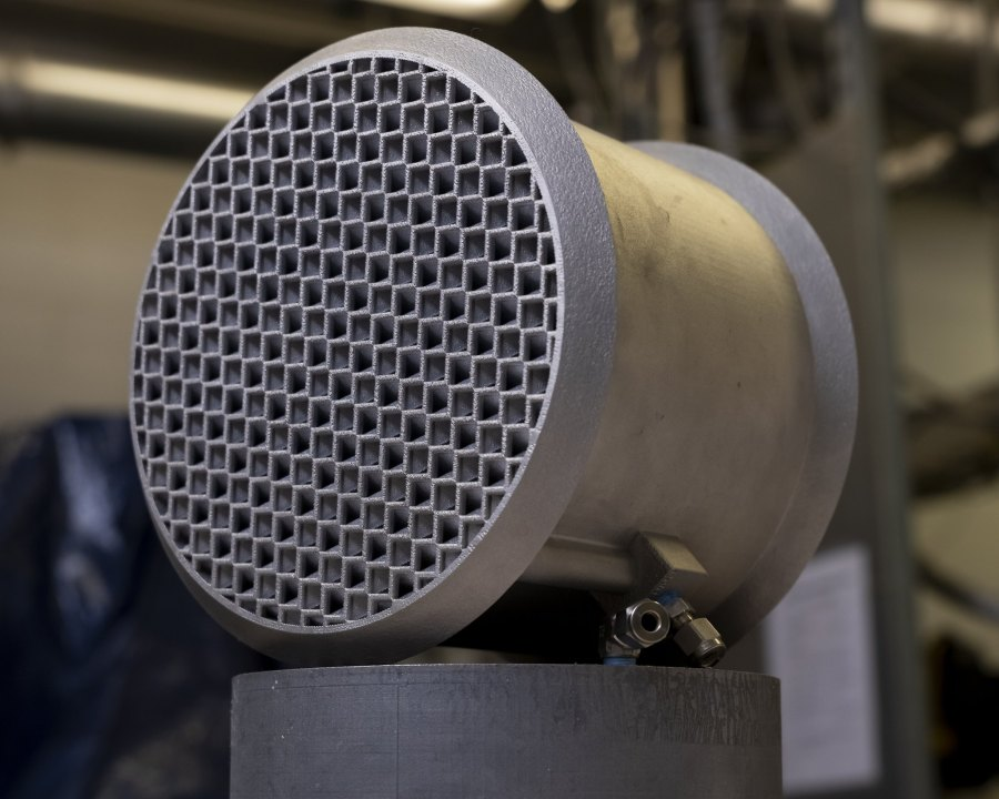 A 3D printed carbon capture device that can be placed in the adsorption column to reduce heat, which helps covert carbon dioxide from gas to liquid. Oak Ridge National Laboratory, Flickr