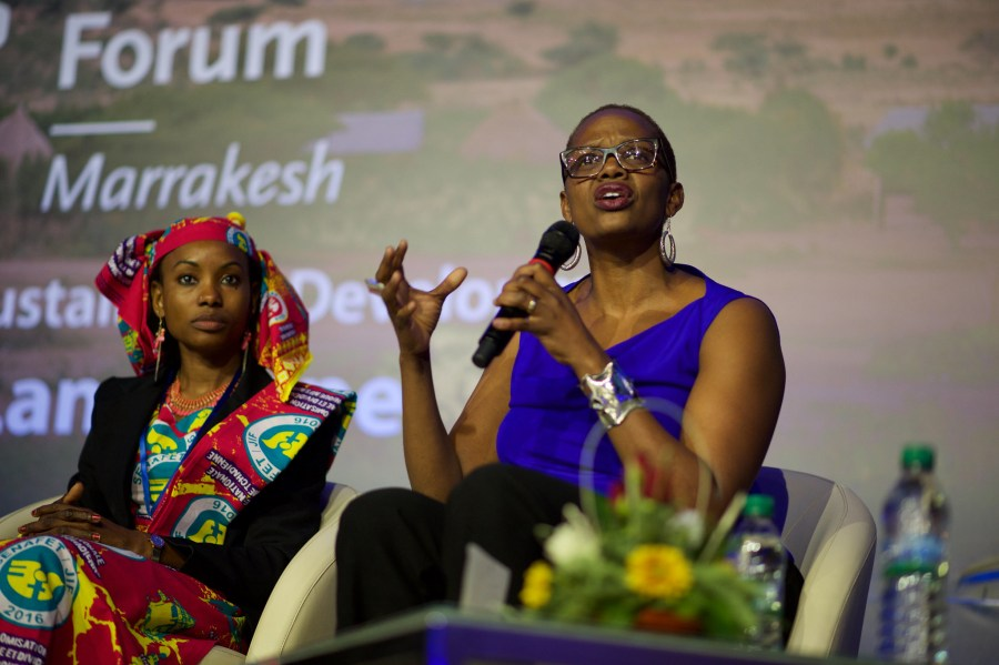 Wanjira Mathai, right, speaks at a Global Landscapes Forum event in Marrakech. Pilar Valbuena, CIFOR