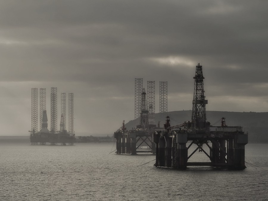 Oil rigs at Cromarty Firth in Scotland. joiseyshowaa,Flickr