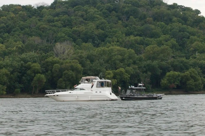 Boatin' the Ohio River_12