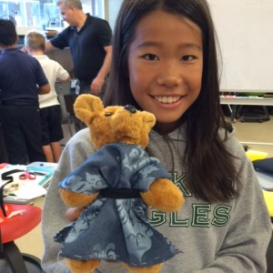 Middle school Latin students use innovation lab to create Roman clothing