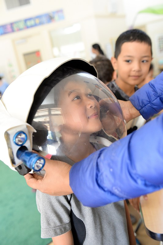 Preschoolers meet NASA visitor, learn about space travel