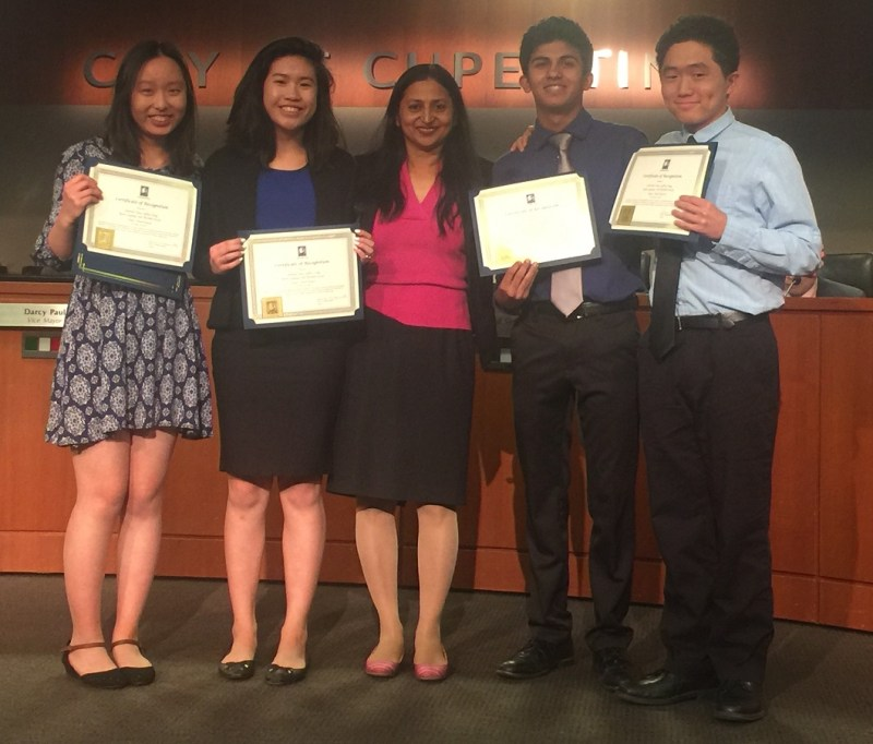 Rising sophomores take second place at Cupertino Hackathon