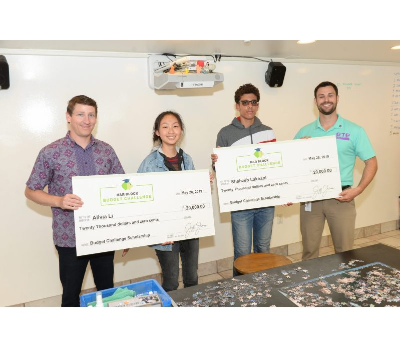 Freshmen win H&R Block Budget Challenge for managing household budget