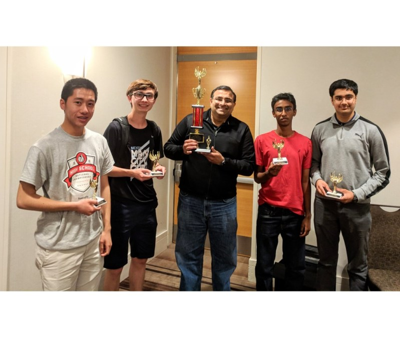 Upper school quiz bowl finishes in the top 5 percent nationwide