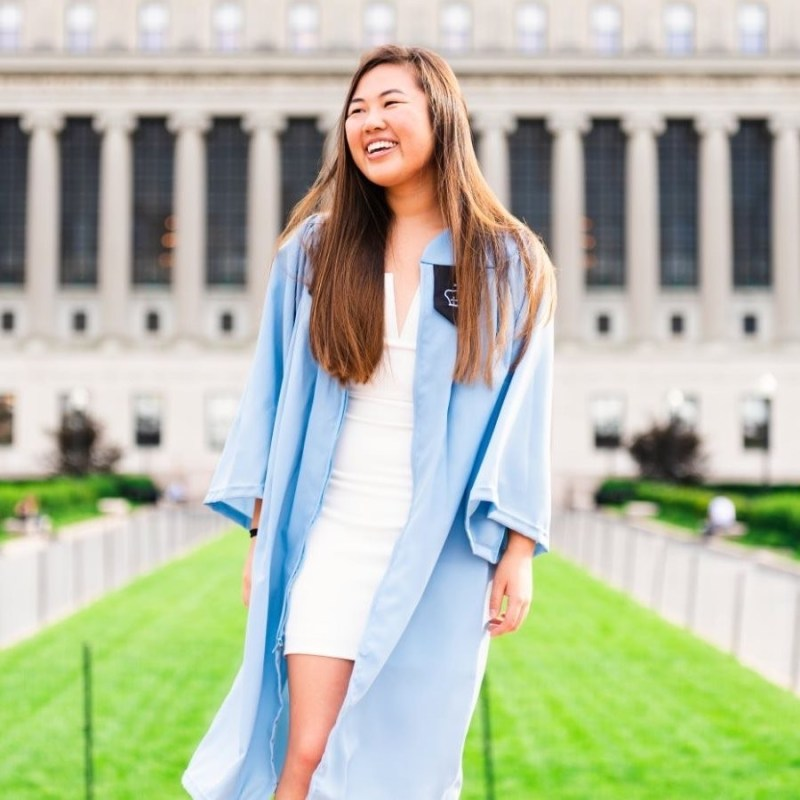 Alumna '14 garners scholarship to build relationships with China